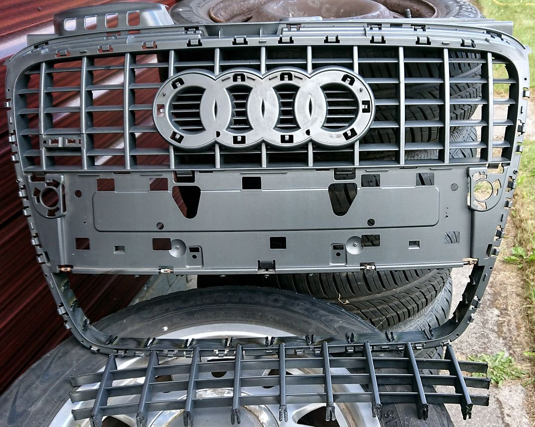 07 Cut out lower grille.JPG