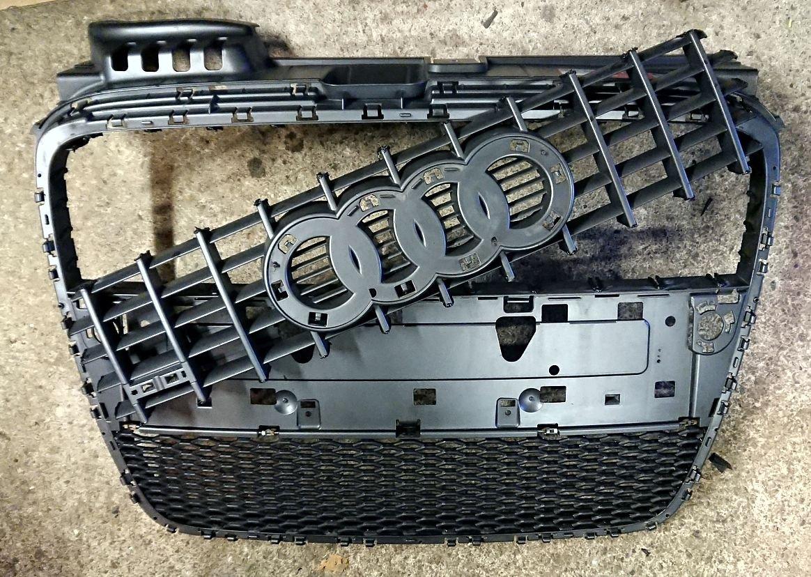 14 Upper grille Removed.JPG