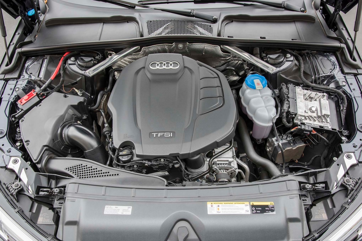 2017-Audi-A4-20T-Quattro-engine.jpg