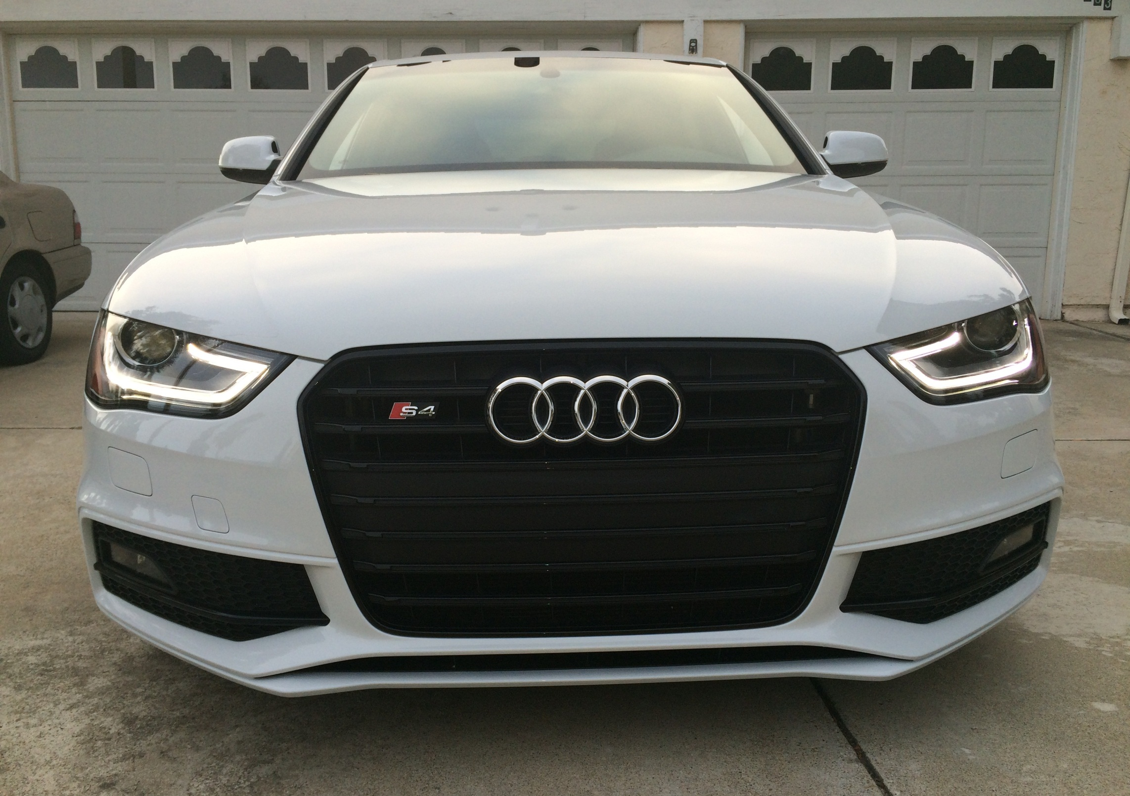B8 5 S4 Front License Plate Holder / Frame / Mount | Audi