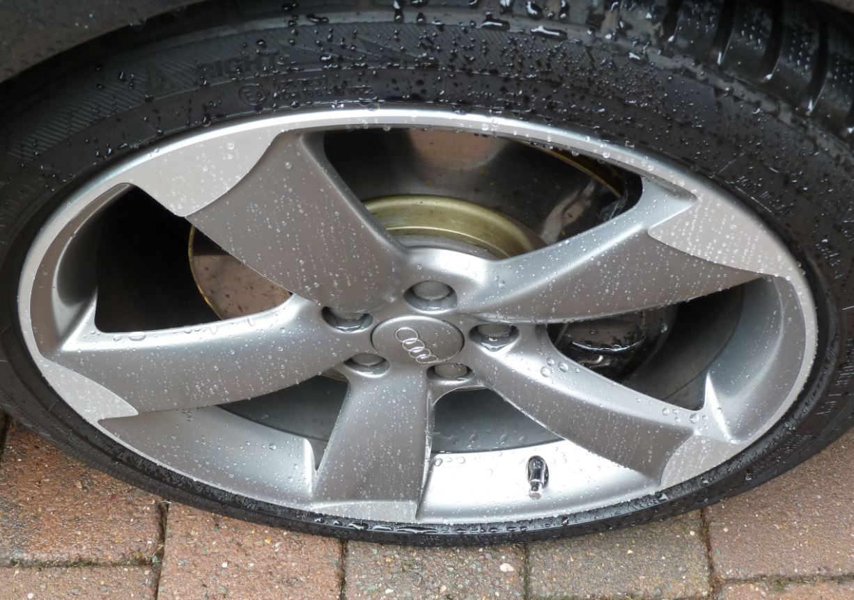 A1 wheels with ceramic wax.JPG