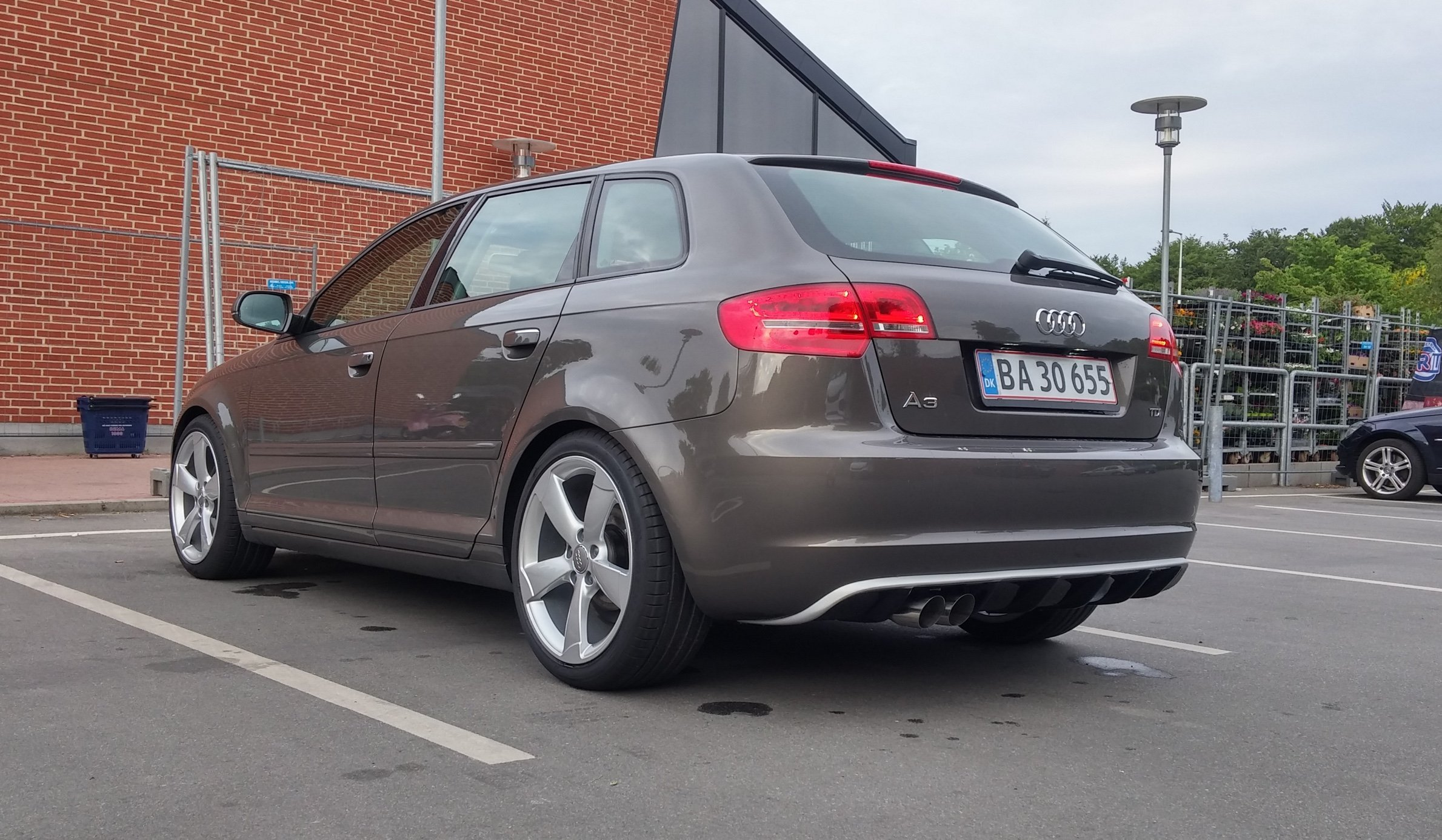 A3 with RS3 look diffuser 2.jpg
