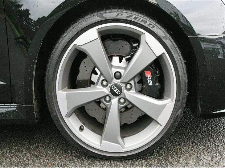 audi-rs3-sportback-2-5-t-fsi-quattro-367ps-s-tronic-143870772-4.jpg
