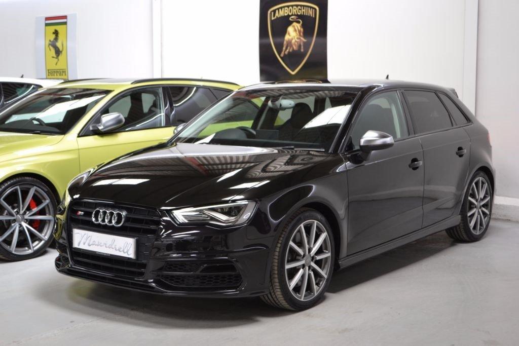 audi-s3-hatchback-petrol_36866413.jpg