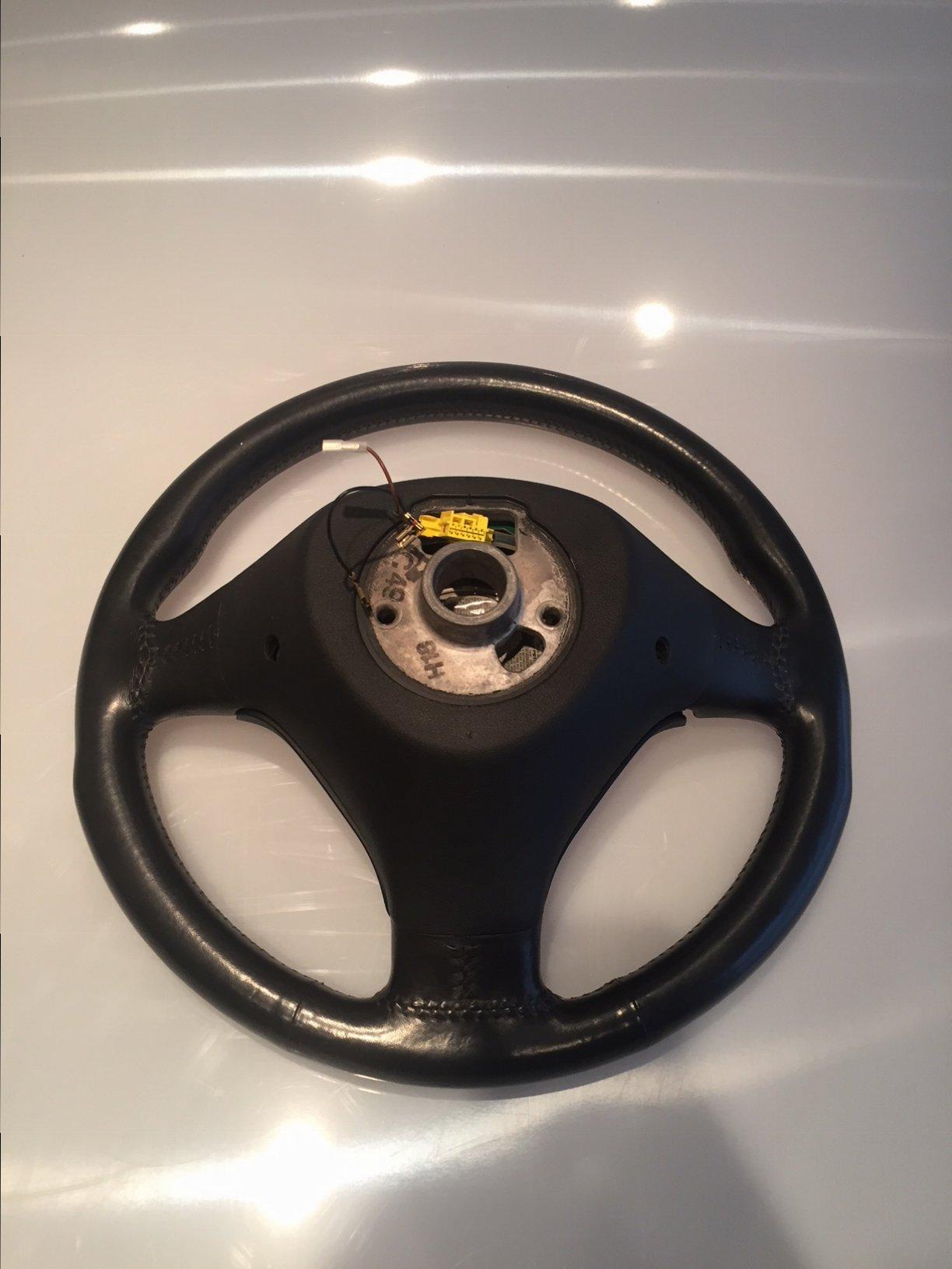 B6 Steering Wheel 2.JPG
