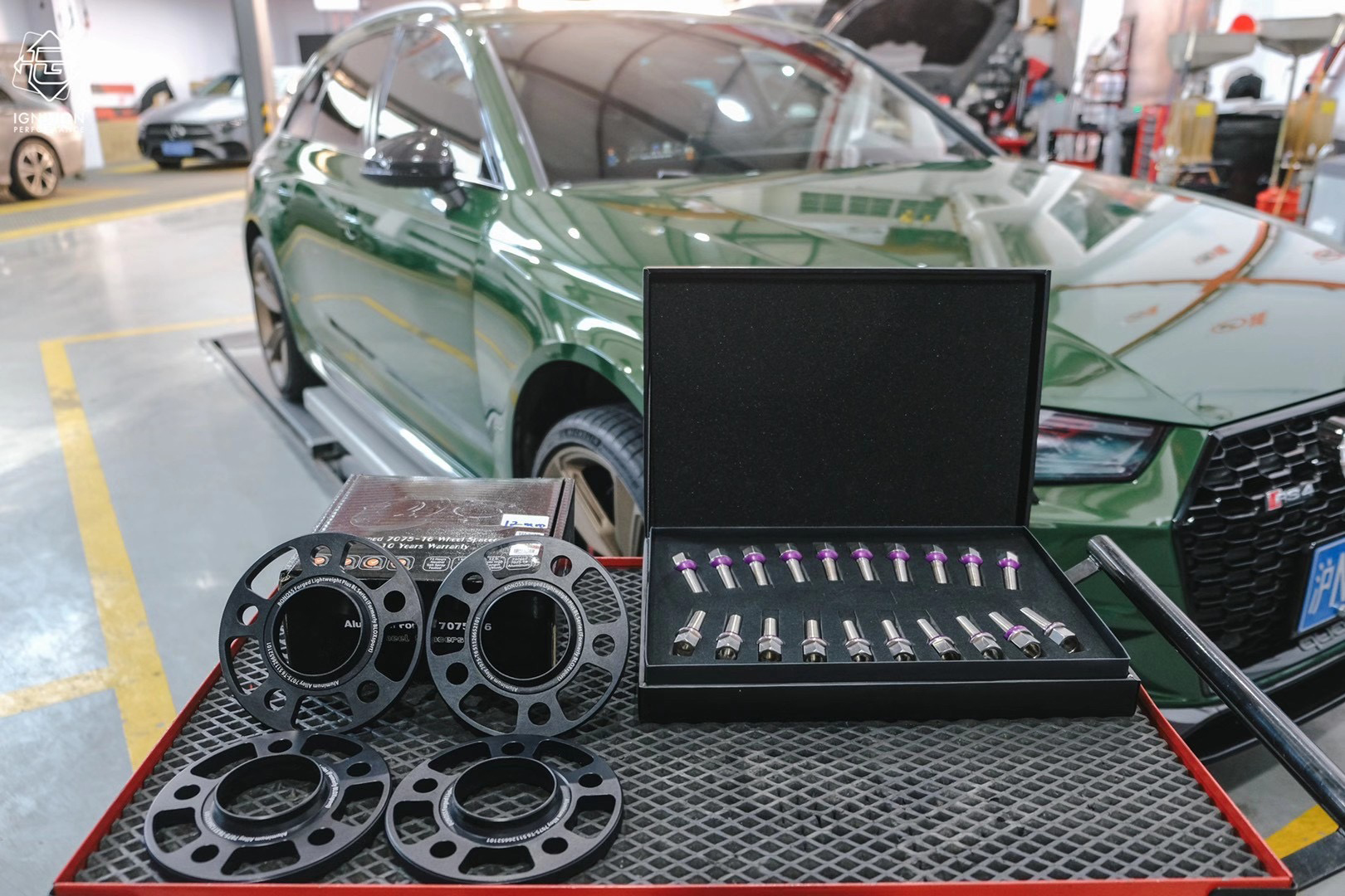 bonoss forged titanium wheel bolts for audi rs4 avant (3).jpg