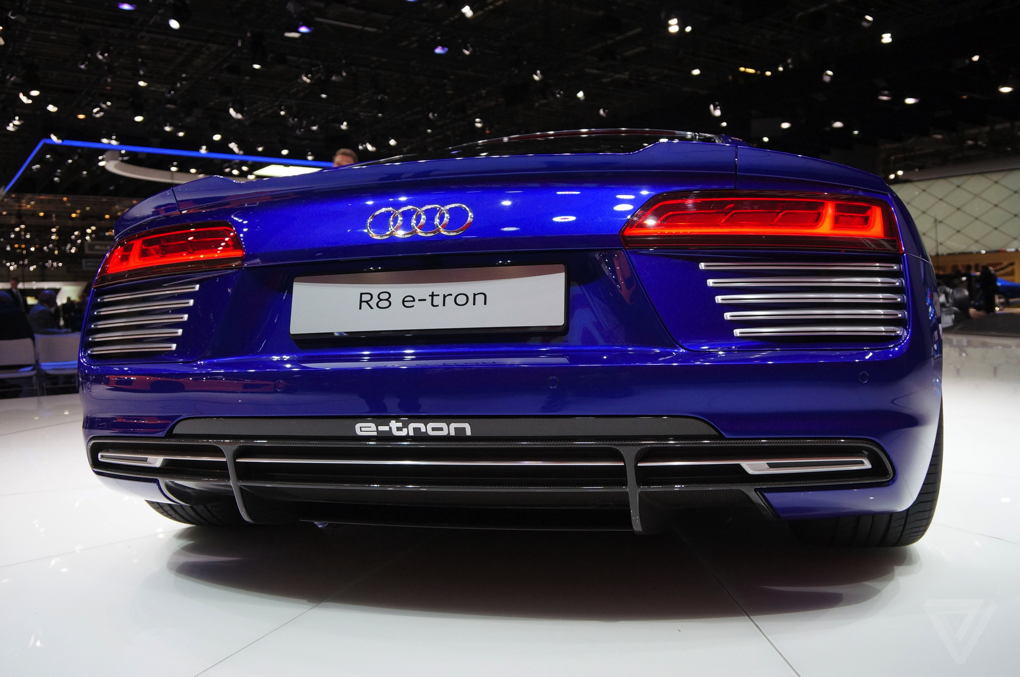 etron r8 7.png