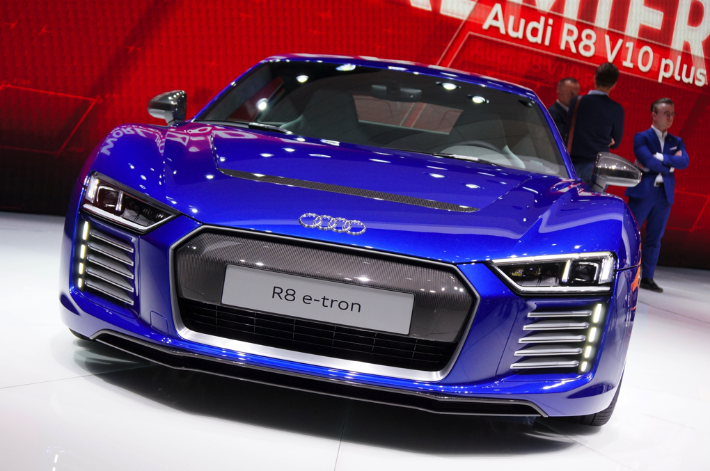 etron r8.png