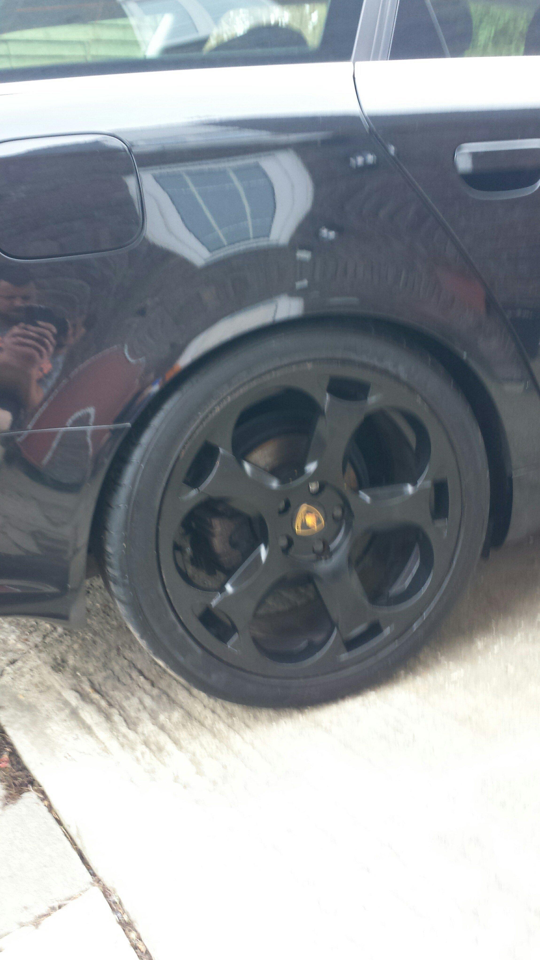 gallardo wheels resized 2 .jpg
