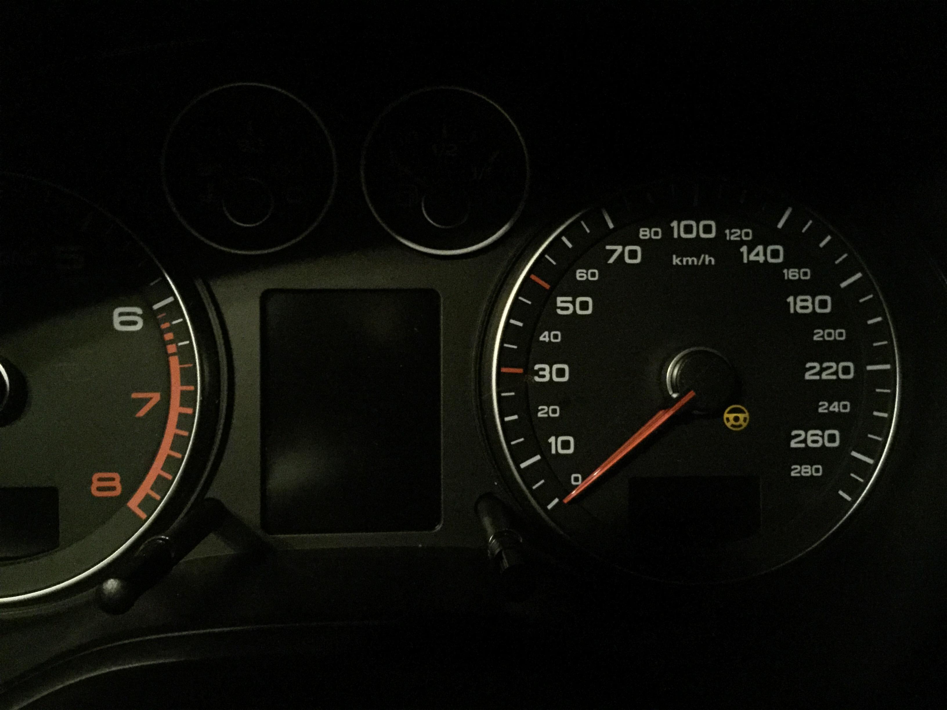 Weird steering light   Audi-Sport net