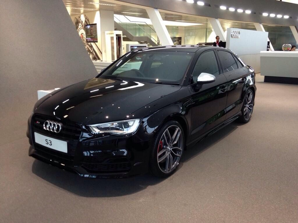 Audi Rs3 Black Pack - 1milioncars.com