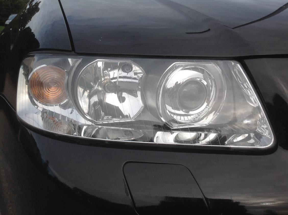 Here are some pictures of the headlamps although in the photo the bad one near side doesnt look as bad as it does in person and the good one doesnt look