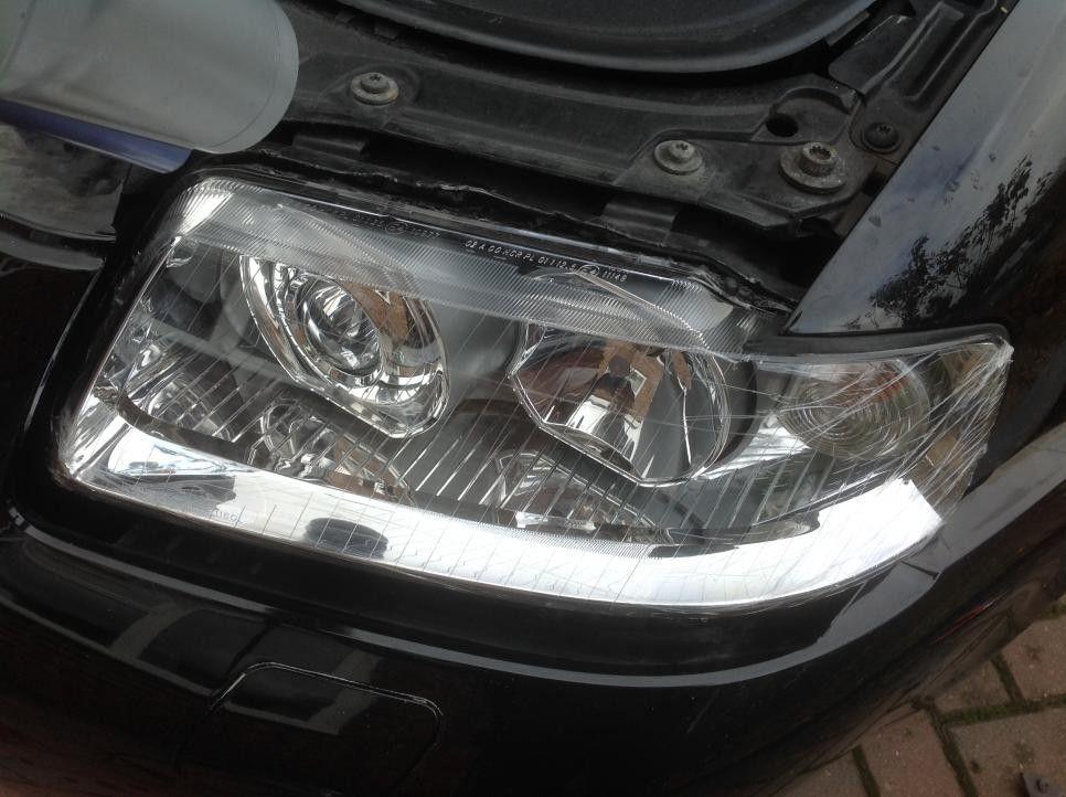 Changing Audi A3 S3 8L OEM Headlight Lense to Depo Headlight