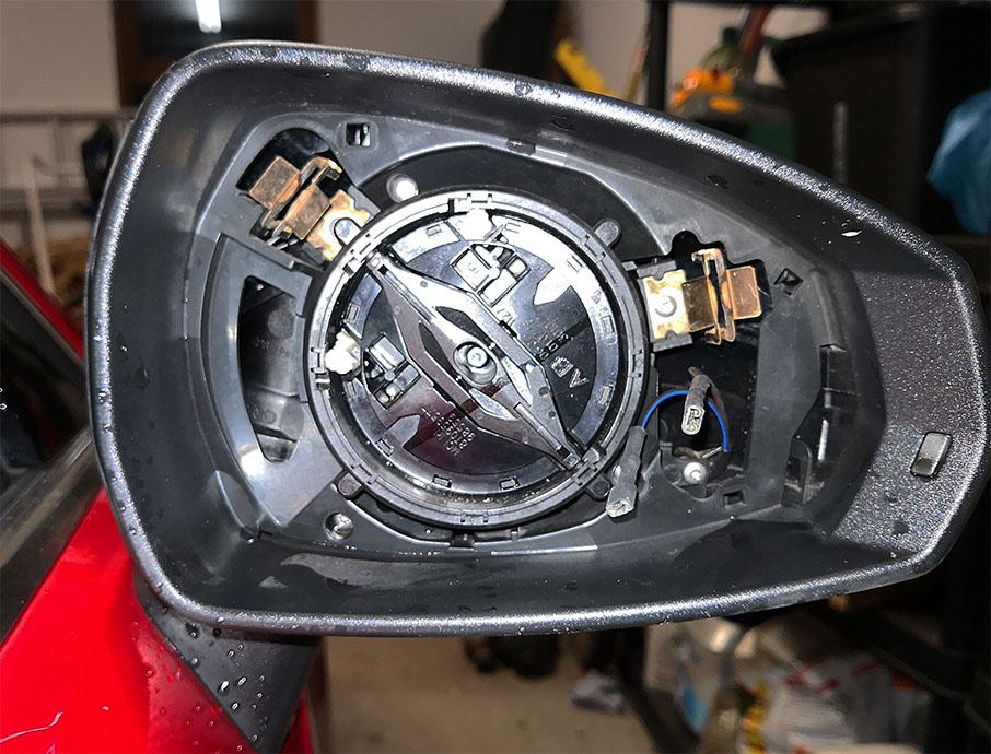 Folding wing mirror lubrication possible? | Audi-Sport net