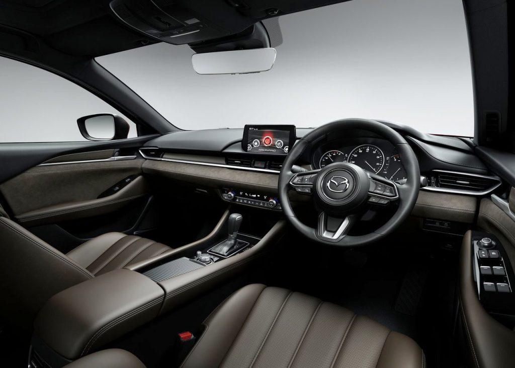 new-2019-mazda-6-new-interior-1024x731.jpg