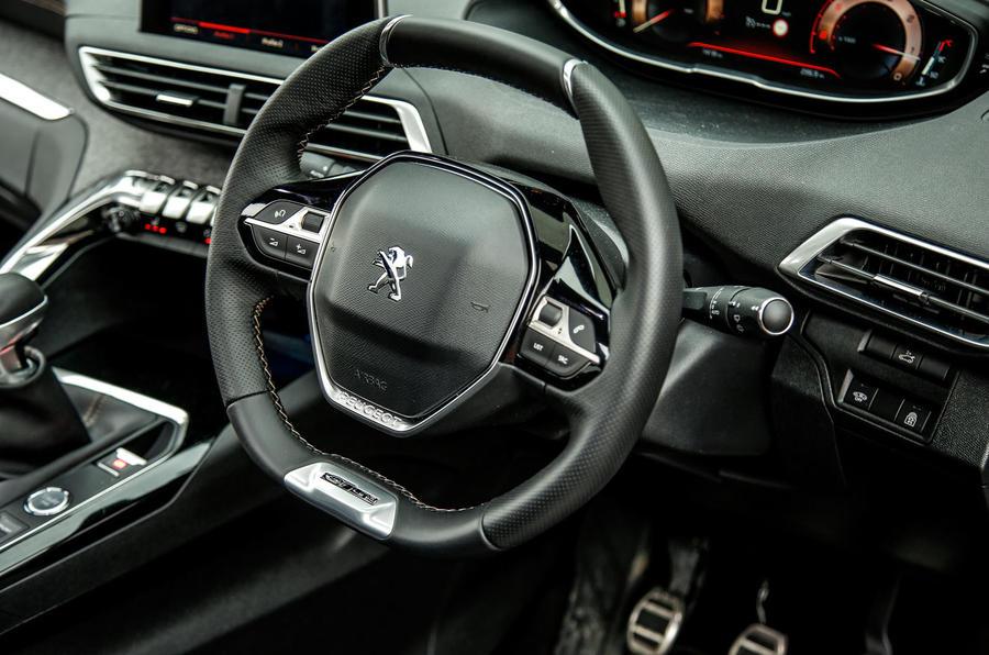 peugeot-3008-steering-wheel.jpg