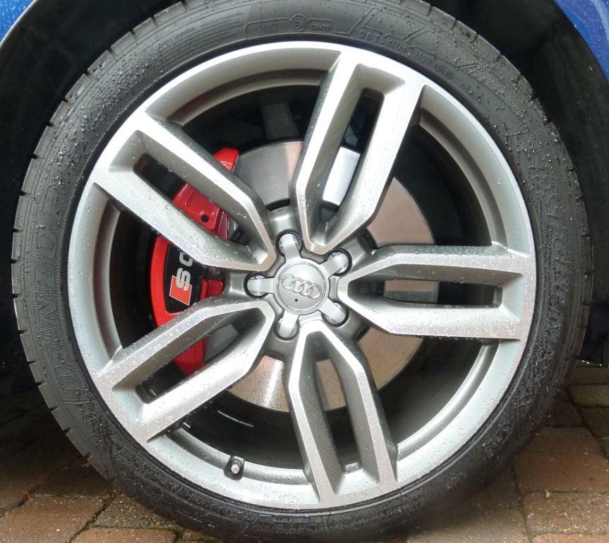Pro cut SQ5 brake disc.JPG