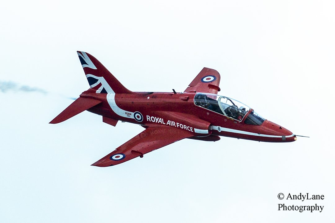 redarrow1wm1080.jpg