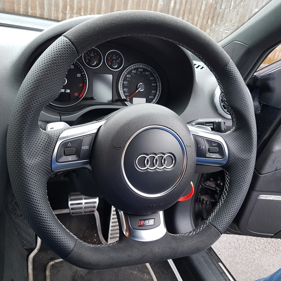 RS3-2012-with-paddles-Perforated-leather-sides-Dark-grey-alcantara-9002-topbottom-Silver-412-...jpeg