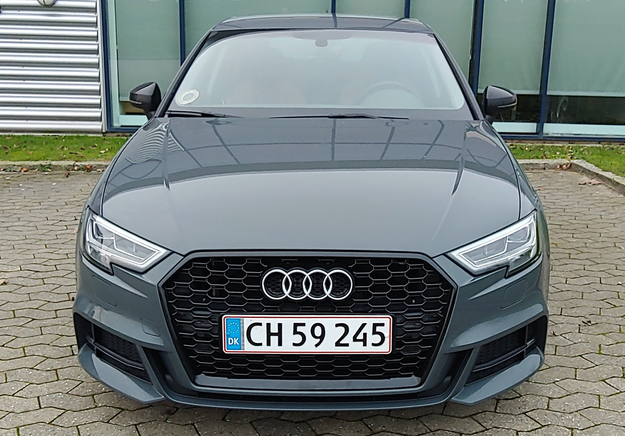 RS3 Grille 5.jpg