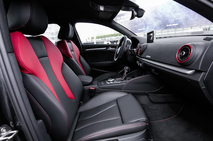 standard seats.jpg
