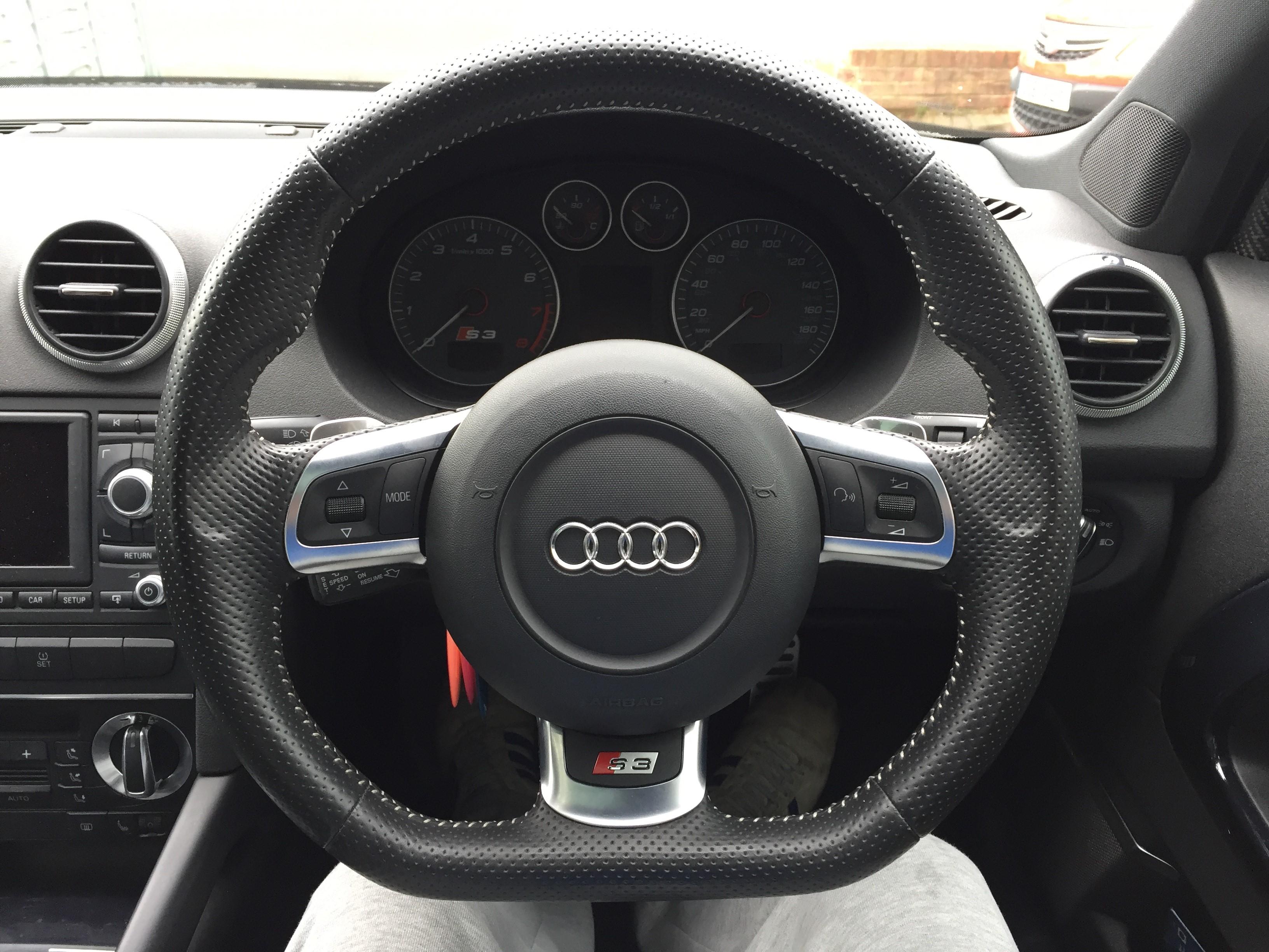 TTRS Steering Wheel.jpg