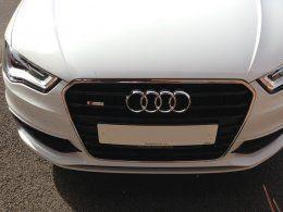 s line grille badge | Audi-Sport net