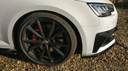 Wheel and carbon inserts.jpg