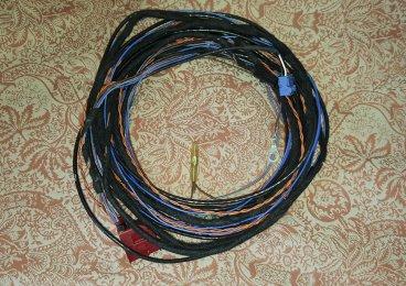 8V rear camera wiring loom.jpg