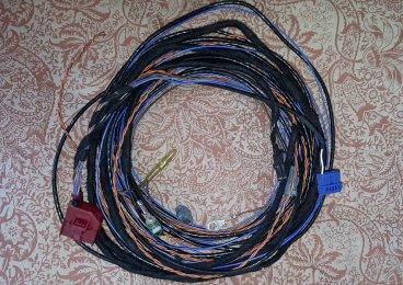 8Vrear camera wiring loom 2.jpg