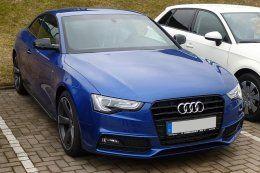 800px-Audi_A5_Coupé_S_line_competition_Sepangblau.JPG