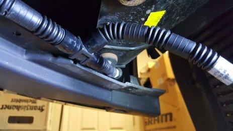 headlamp washer system pipe 2.jpg